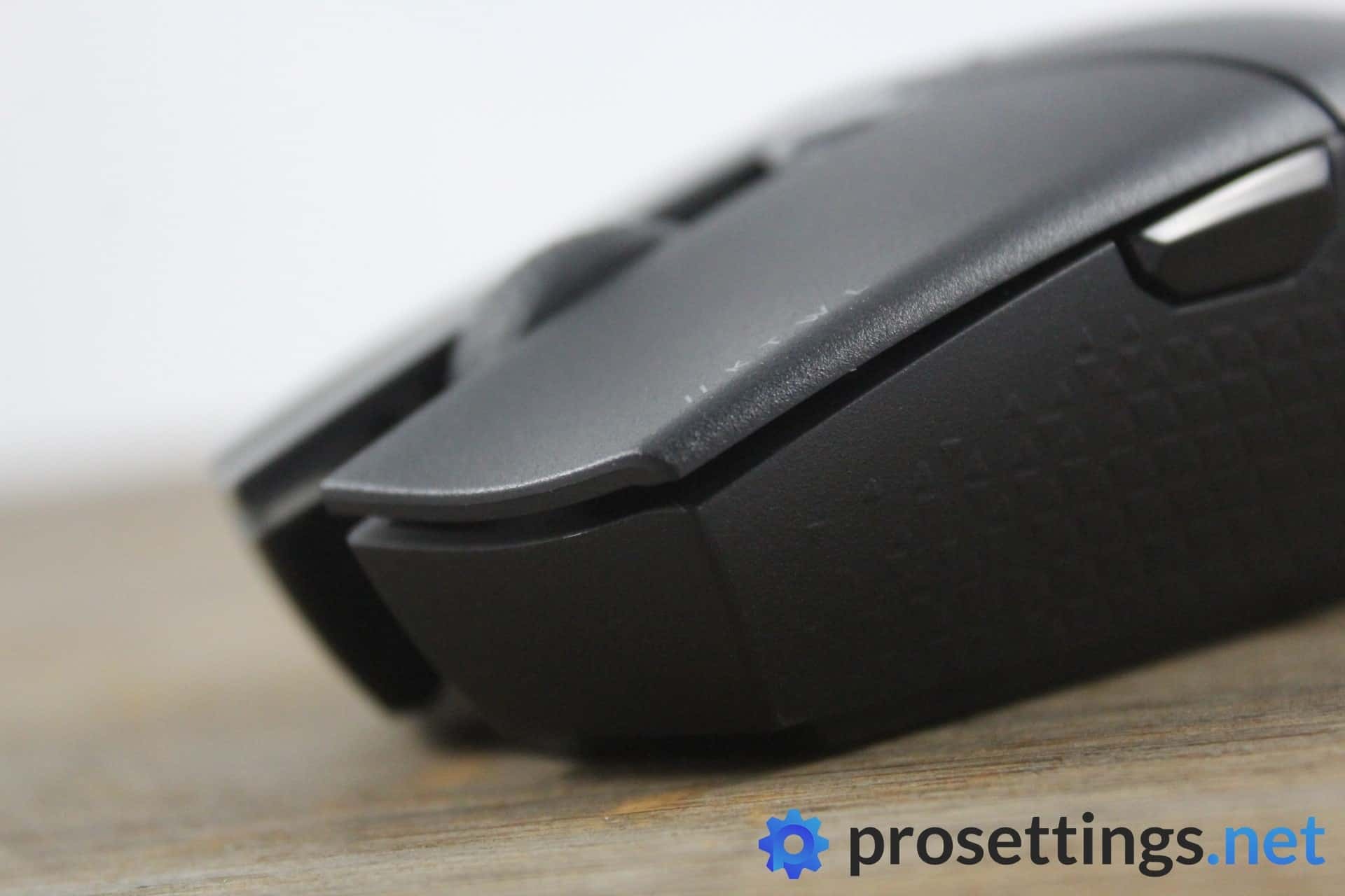 Corsair Katar Pro Wireless Review Buttons and Scroll